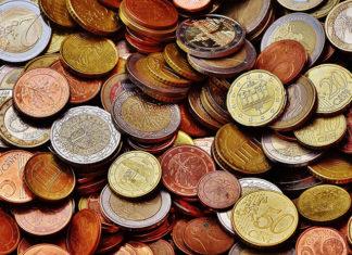 ROR czy oszczędnościowy Sprawdź, który rachunek założyć