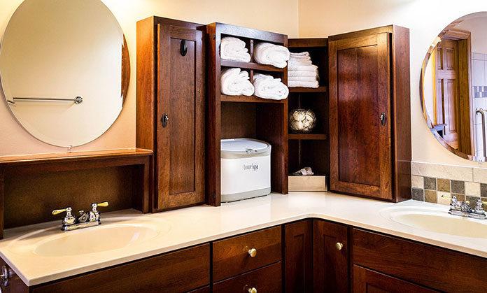 W jakie szafy wyposażyć mieszkanie?